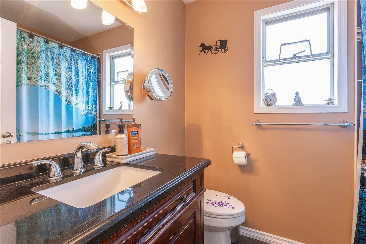 "Photo 9: Photos: 30929 GARDNER Avenue in Abbotsford: Abbotsford West House for sale in ""GARDNER"" : MLS®# R2476312"