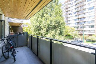 "Photo 14: 316 2416 W 3RD Avenue in Vancouver: Kitsilano Condo for sale in ""LANDMARK REEF"" (Vancouver West)  : MLS®# R2590886"