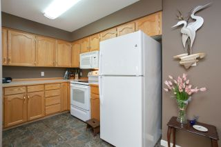"Photo 13: 312 11595 FRASER Street in Maple Ridge: East Central Condo for sale in ""BRICKWOOD PLACE"" : MLS®# R2050704"