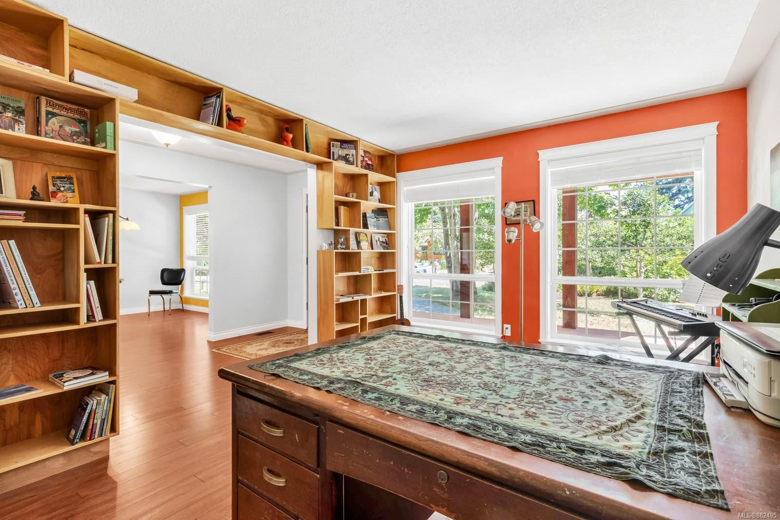 Photo 19: Photos: 375 Butchers Rd in : CV Comox (Town of) House for sale (Comox Valley)  : MLS®# 882495