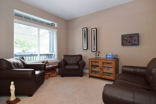 Photo 2: 20118 71A Avenue in Langley: Willoughby Heights House for sale : MLS®# F1450325