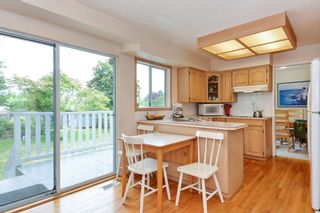Photo 7: 15579 OXENHAM AVENUE: White Rock House for sale (South Surrey White Rock)  : MLS®# R2290933
