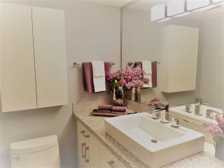"""Photo 19: 301 15466 NORTH BLUFF Road: White Rock Condo for sale in """"THE SUMMIT"""" (South Surrey White Rock)  : MLS®# R2273976"""