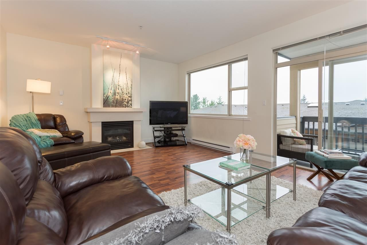 """Main Photo: 6 1024 GLACIER VIEW Drive in Squamish: Garibaldi Highlands Townhouse for sale in """"Seasonsview"""" : MLS®# R2174496"""