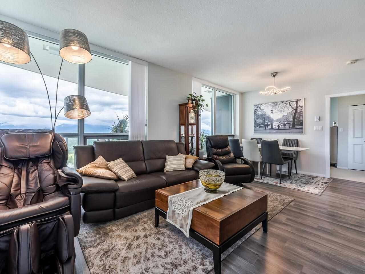"""Main Photo: 2703 6638 DUNBLANE Avenue in Burnaby: Metrotown Condo for sale in """"Midori"""" (Burnaby South)  : MLS®# R2581588"""