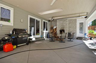 Photo 18: 15736 MOUNTAIN VIEW DRIVE in Surrey: Grandview Surrey House for sale (South Surrey White Rock)  : MLS®# R2095102