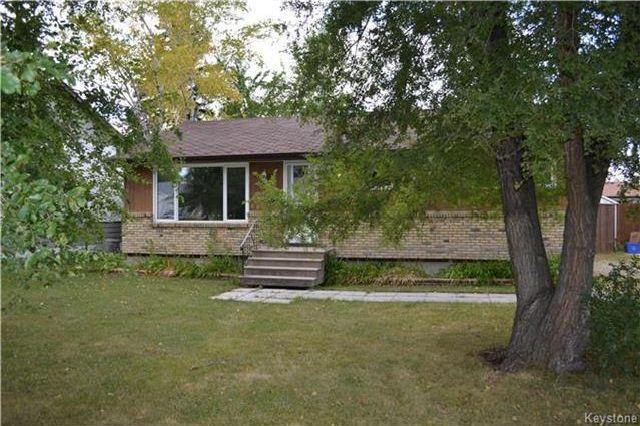 Main Photo: 339 Dussault Avenue in Winnipeg: Windsor Park Residential for sale (2G)  : MLS®# 1725085
