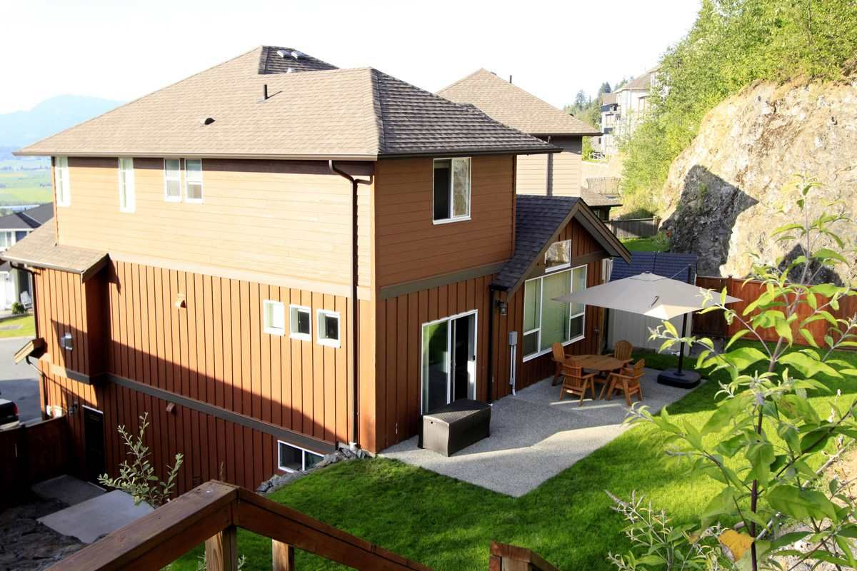 Main Photo: 47160 PEREGRINE AVENUE in : Promontory House for sale : MLS®# R2098136