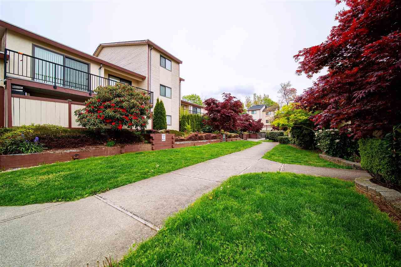 Main Photo: 23 7565 HUMPHRIES Court in Burnaby: Edmonds BE Townhouse for sale (Burnaby East)  : MLS®# R2575350