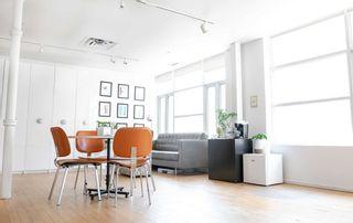 Photo 2: Upper 188 Strachan Avenue in Toronto: Niagara Property for lease (Toronto C01)  : MLS®# C5364714