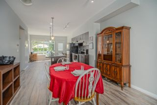 """Photo 4: 50 19480 66 Avenue in Surrey: Clayton Townhouse for sale in """"TWO BLUE II"""" (Cloverdale)  : MLS®# R2490979"""