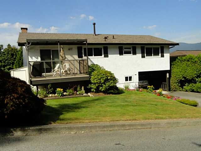 Main Photo: 3208 MARINER WY in Coquitlam: Ranch Park House for sale : MLS®# V1024892