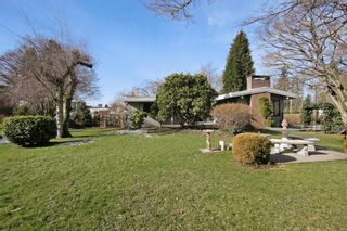 Photo 13: 2360 CRESCENT Way in Abbotsford: Central Abbotsford House for sale : MLS®# R2242278