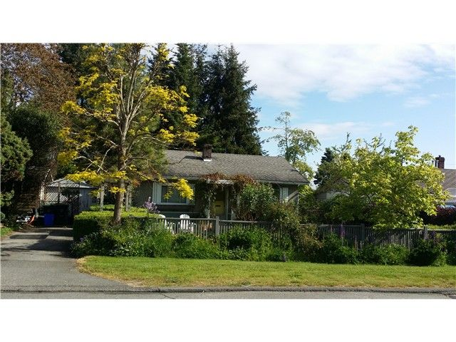 Main Photo: 15557 18 Avenue in Surrey: King George Corridor House for sale (South Surrey White Rock)  : MLS®# F1441206