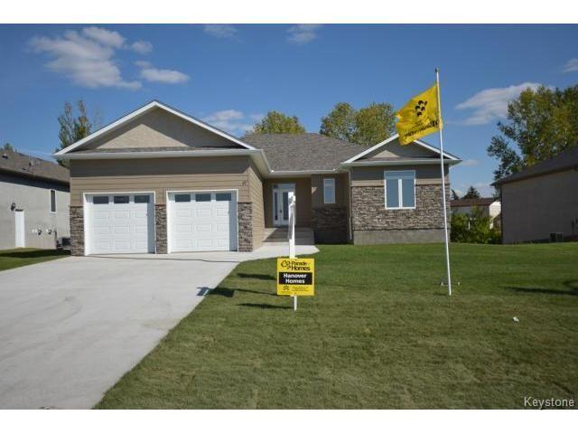 Main Photo: 17 Crystal Drive in OAKBANK: Anola / Dugald / Hazelridge / Oakbank / Vivian Residential for sale (Winnipeg area)  : MLS®# 1500333