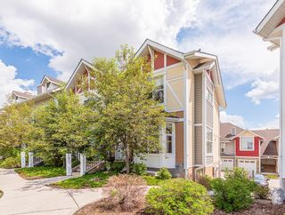 Photo 1: 43 WEST SPRINGS Lane SW in Calgary: West Springs Row/Townhouse for sale : MLS®# C4256287