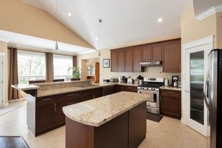 Photo 9: 165 WARRICK Street in Coquitlam: Cape Horn House for sale : MLS®# R2608916