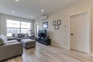 Photo 2: 403 11893 227 Street in Maple Ridge: East Central Condo for sale : MLS®# R2436288