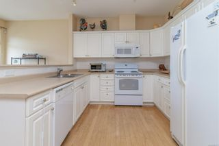 Photo 13: 23 1286 Tolmie Ave in : SE Cedar Hill Row/Townhouse for sale (Saanich East)  : MLS®# 882571