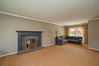 Photo 2: 8387 MILLER Crescent in Mission: Mission BC House for sale : MLS®# R2081797