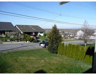 "Photo 2: 1660 53A Street in Tsawwassen: Cliff Drive House for sale in ""TSAWWASSEN HEIGHTS"" : MLS®# V810864"