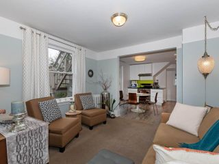 """Photo 15: 435 W 14TH Avenue in Vancouver: Mount Pleasant VW Fourplex for sale in """"Mount Pleasant / City Hall"""" (Vancouver West)  : MLS®# R2404997"""
