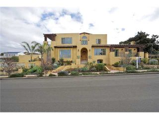 Photo 2: OCEAN BEACH House for sale : 4 bedrooms : 1707 Froude Street in San Diego