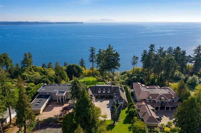 """Photo 4: Photos: 13836 MARINE Drive: White Rock House for sale in """"Marine Drive West"""" (South Surrey White Rock)  : MLS®# R2355355"""