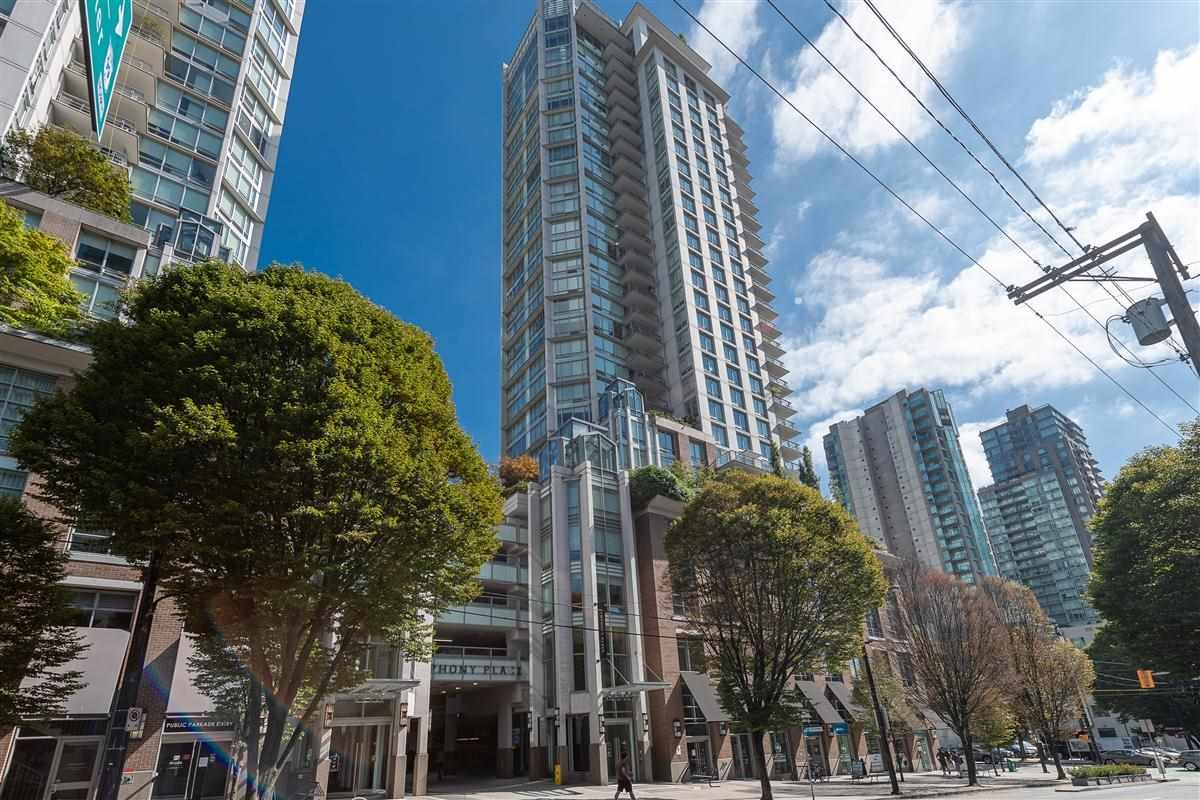 """Main Photo: 702 535 SMITHE Street in Vancouver: Downtown VW Condo for sale in """"DOLCE AT SYPHONY PLACE"""" (Vancouver West)  : MLS®# R2401383"""