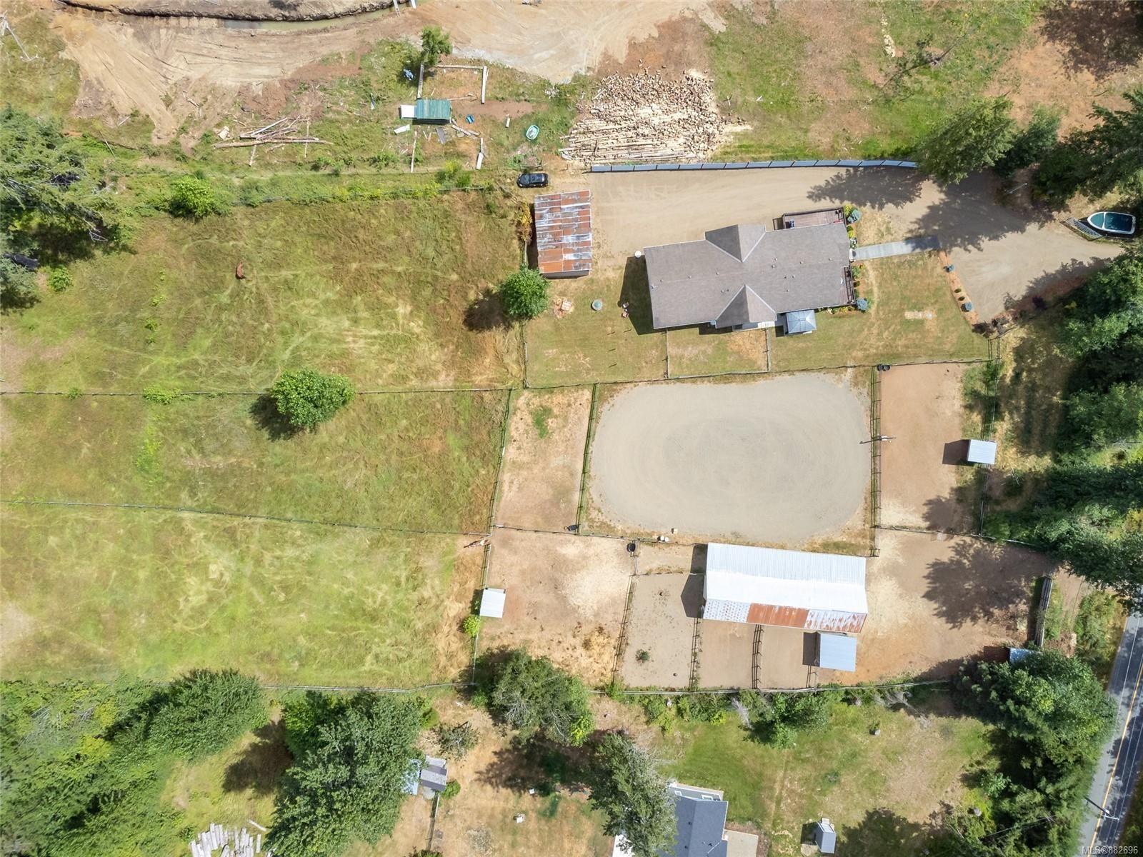 Photo 33: Photos: 3554 MacAulay Rd in : CV Merville Black Creek House for sale (Comox Valley)  : MLS®# 882696
