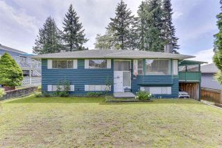 Photo 1: 2122 EDGEWOOD Avenue in Coquitlam: Central Coquitlam House for sale : MLS®# R2462677