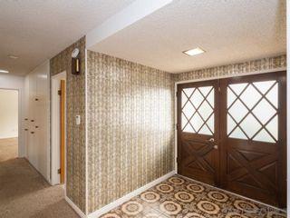 Photo 2: PACIFIC BEACH House for sale : 3 bedrooms : 1730 Los Altos Way in San Diego