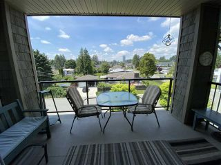 Photo 13: 402 2068 SANDALWOOD CRESCENT in Abbotsford: Central Abbotsford Condo for sale : MLS®# R2469396