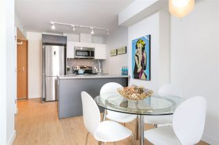 """Photo 7: 912 188 KEEFER Street in Vancouver: Downtown VE Condo for sale in """"188 KEEFER"""" (Vancouver East)  : MLS®# R2306142"""