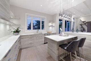 Photo 8: 517 GRANADA Crescent in North Vancouver: Upper Delbrook House for sale : MLS®# R2615057
