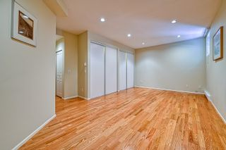 """Photo 17: 10 5240 OAKMOUNT Crescent in Burnaby: Oaklands Townhouse for sale in """"Santa Clara"""" (Burnaby South)  : MLS®# R2622975"""