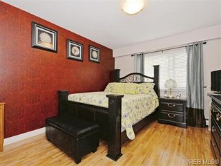 Photo 10: 418 W Burnside Rd in VICTORIA: SW Tillicum Row/Townhouse for sale (Saanich West)  : MLS®# 743664