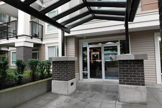 """Photo 13: 105 9655 KING GEORGE Boulevard in Surrey: Whalley Condo for sale in """"The Gruv"""" (North Surrey)  : MLS®# R2086741"""