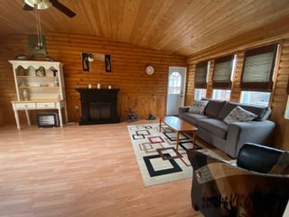 Photo 33: 302 Smith Street in Treherne: House for sale : MLS®# 202110581