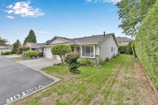 """Photo 2: 8 18960 ADVENT Road in Pitt Meadows: Central Meadows Townhouse for sale in """"MEADOWLAND VILLAGE"""" : MLS®# R2614039"""
