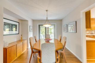 """Photo 10: 3655 LYNNDALE Crescent in Burnaby: Government Road House for sale in """"Government Road Area"""" (Burnaby North)  : MLS®# R2388114"""