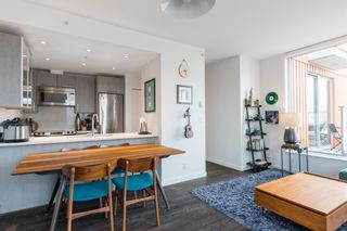 """Photo 5: PH4 983 E HASTINGS Street in Vancouver: Strathcona Condo for sale in """"STRATHCONA VILLAGE"""" (Vancouver East)  : MLS®# R2603443"""