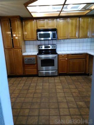 Photo 6: Condo for sale : 2 bedrooms : 230 W Laurel in San Diego
