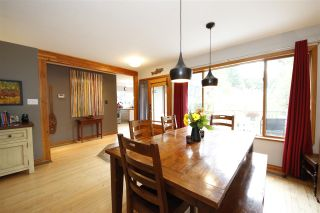 Photo 4: 41651 COTTONWOOD Road in Squamish: Brackendale House for sale : MLS®# R2329962