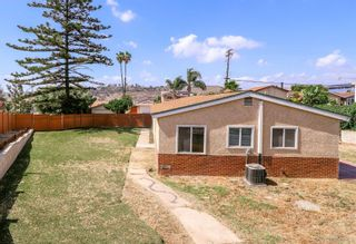 Photo 5: DEL CERRO House for sale : 3 bedrooms : 5355 Fontaine St in San Diego