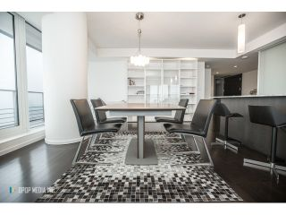 Photo 2: # 3903 1011 W CORDOVA ST in Vancouver: Coal Harbour Condo for sale (Vancouver West)  : MLS®# V1097902