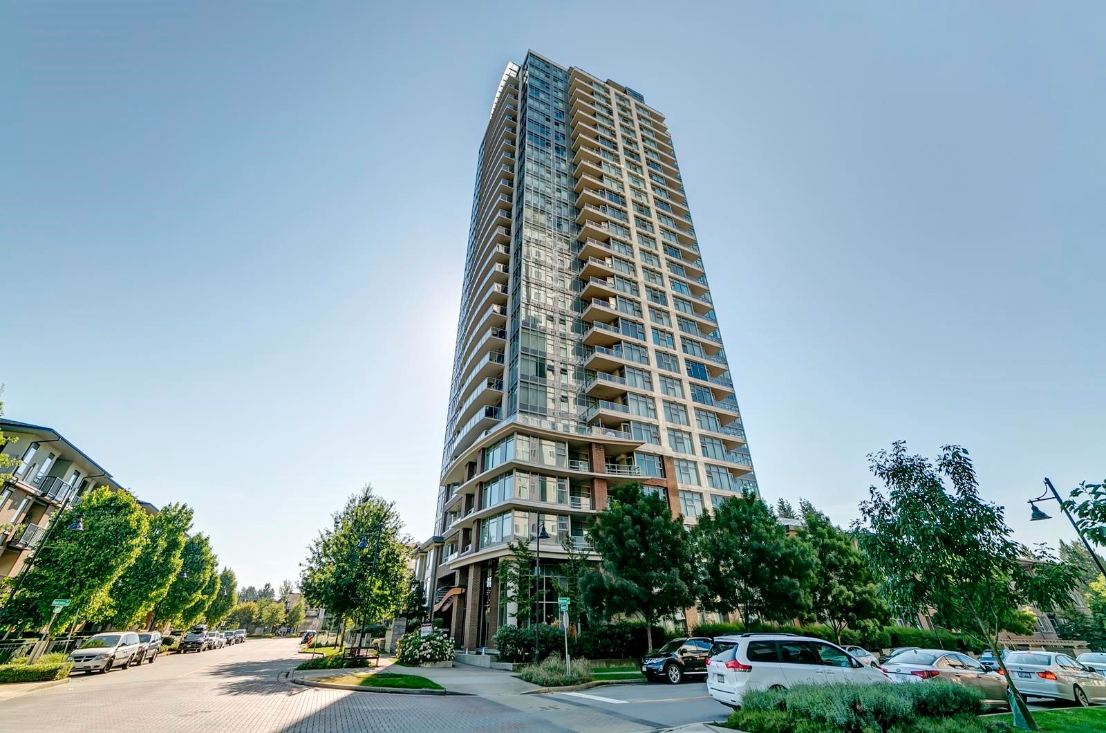 """Main Photo: 2505 3102 WINDSOR Gate in Coquitlam: New Horizons Condo for sale in """"Celadon by Polygon"""" : MLS®# R2610333"""