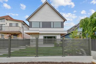 Photo 1: 2937 TURNER Street in Vancouver: Renfrew VE 1/2 Duplex for sale (Vancouver East)  : MLS®# R2595058