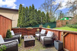 Photo 20: 104 1366 Hillside Ave in : Vi Oaklands Condo for sale (Victoria)  : MLS®# 867040