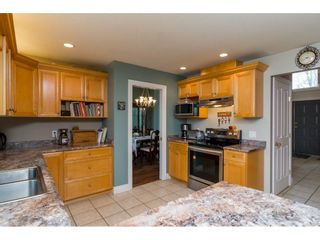 """Photo 9: 20595 97B Avenue in Langley: Walnut Grove House for sale in """"DERBY HILLS"""" : MLS®# R2156981"""